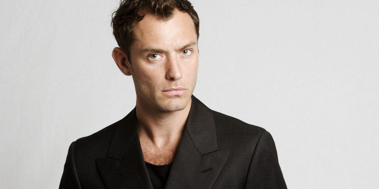 El look bohemio y elegante de Jude Law