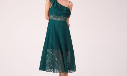 Los vestidos asimétricos son lo más in en la moda