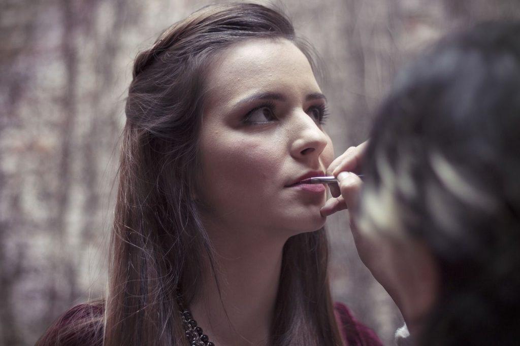 Disimula tu cansancio con maquillaje