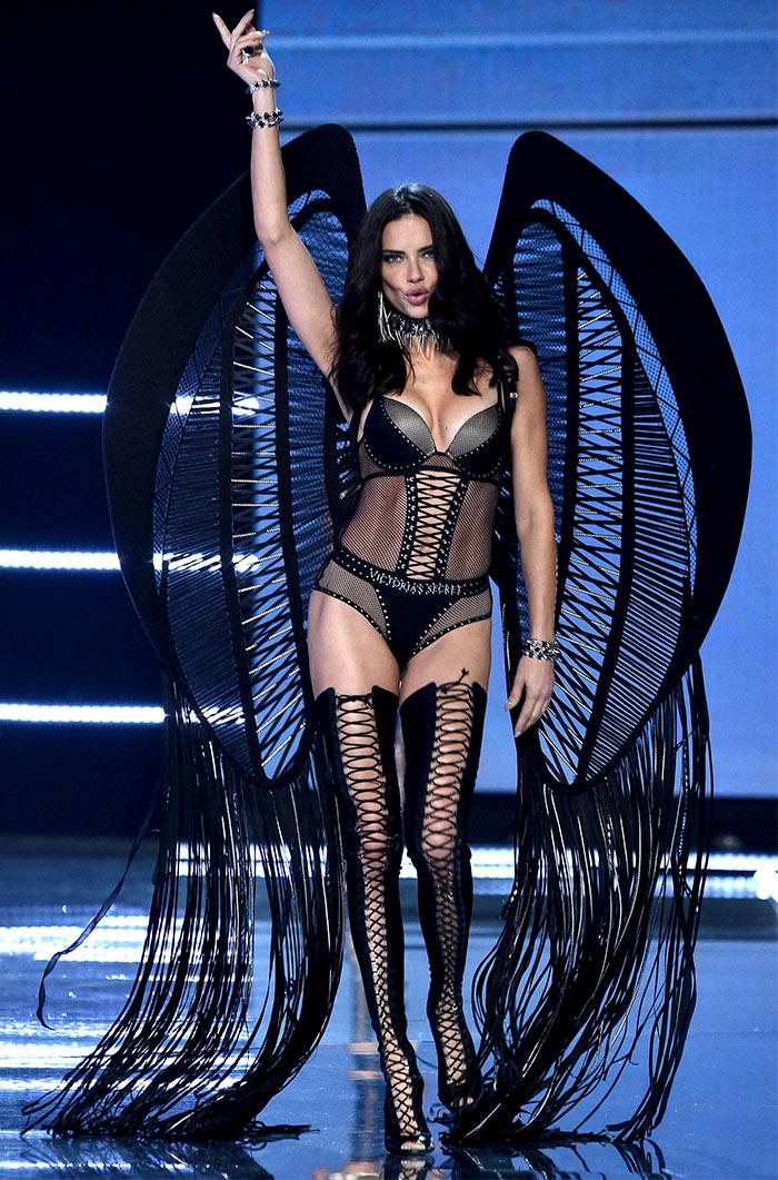 Victoria's Secret Fashion Show adriana lima