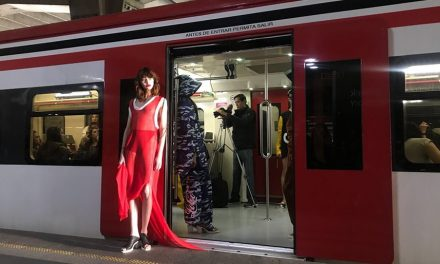 Mercedes-Benz Fashion Week México transforma al Tren Suburbano en una pasarela de moda