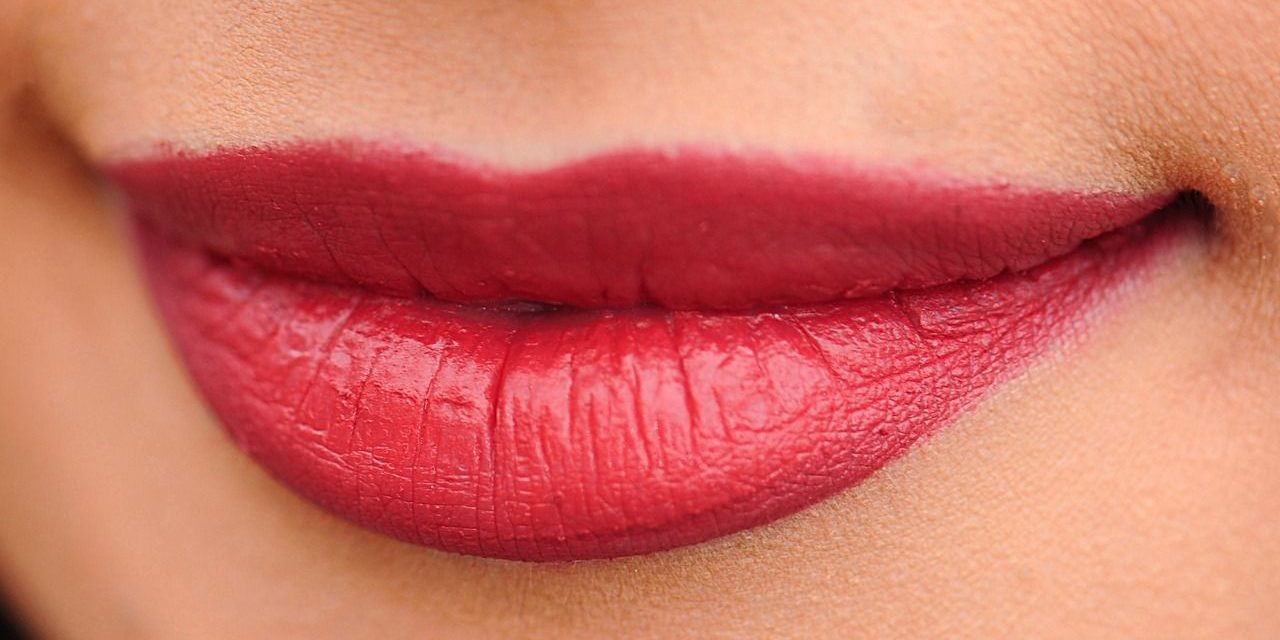 El brillo y calidez llega a los colores de otoño para tus labios