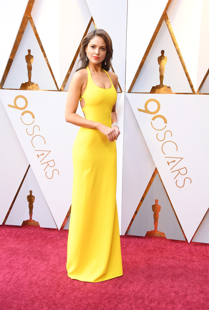 HOLLYWOOD, CA - MARCH 04:  Eiza Gonzalez attends the 90th Annual Academy Awards at Hollywood & Highland Center on March 4, 2018 in Hollywood, California.  (Photo by Steve Granitz/WireImage)