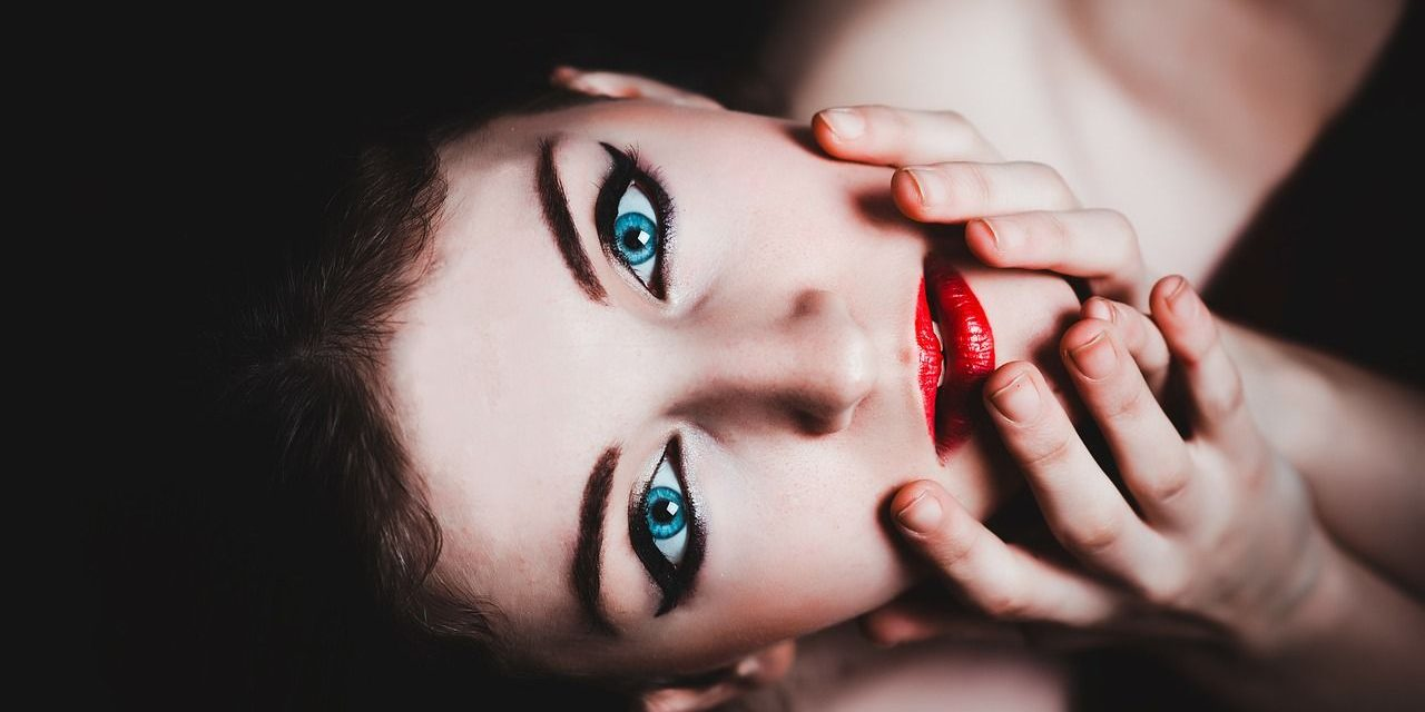 Cómo elegir el mejor color de labial dependiendo tu tono de piel