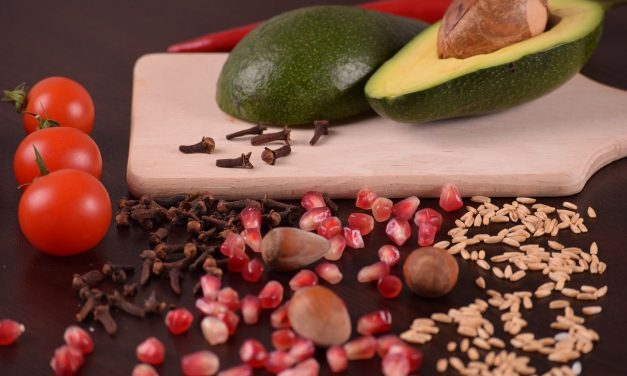 Cuatro alimentos que te darán más energía y concentración en la oficina
