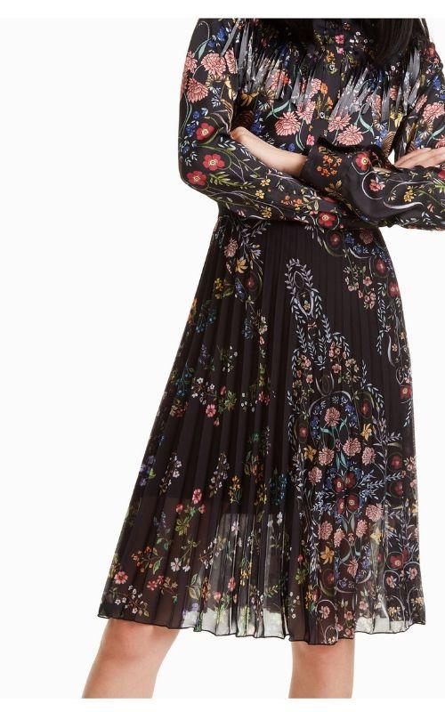 falda midi con esatmpado de flores